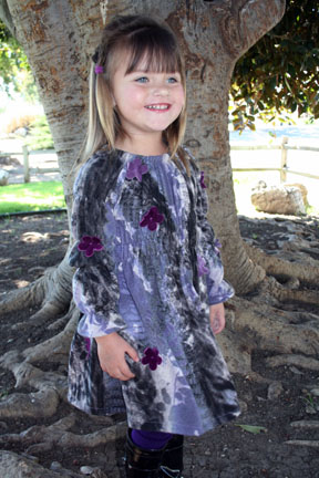 long sleeve winter print girl's dress with flowers